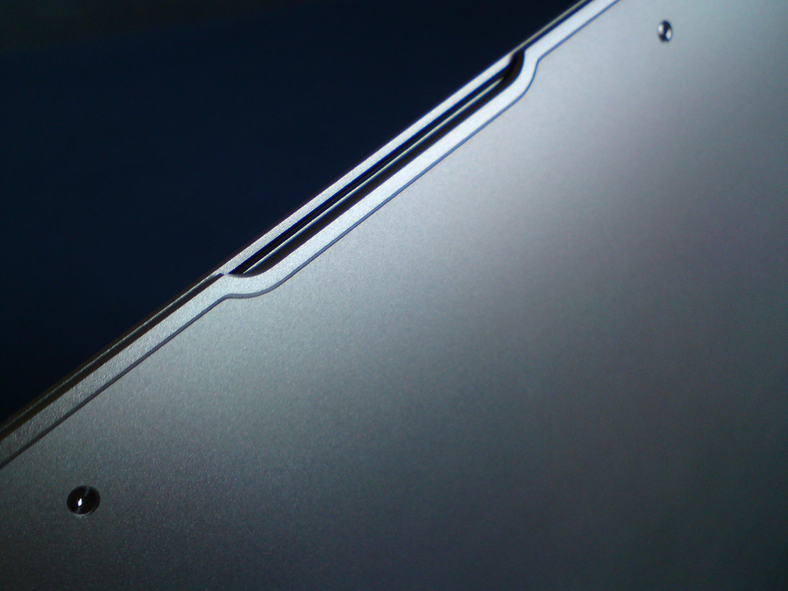 MacBook Air_otevírání